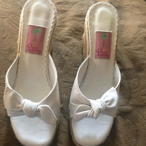 White leather Lilly Pulitzer Sandals
